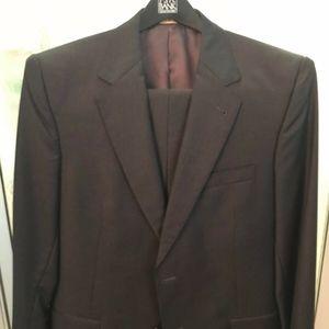 Jos A. Banks Mens Charcoal Signature GOLD Suit
